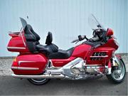 Продам мотоцикл Honda GL 1800 Gold Wing 2002 год